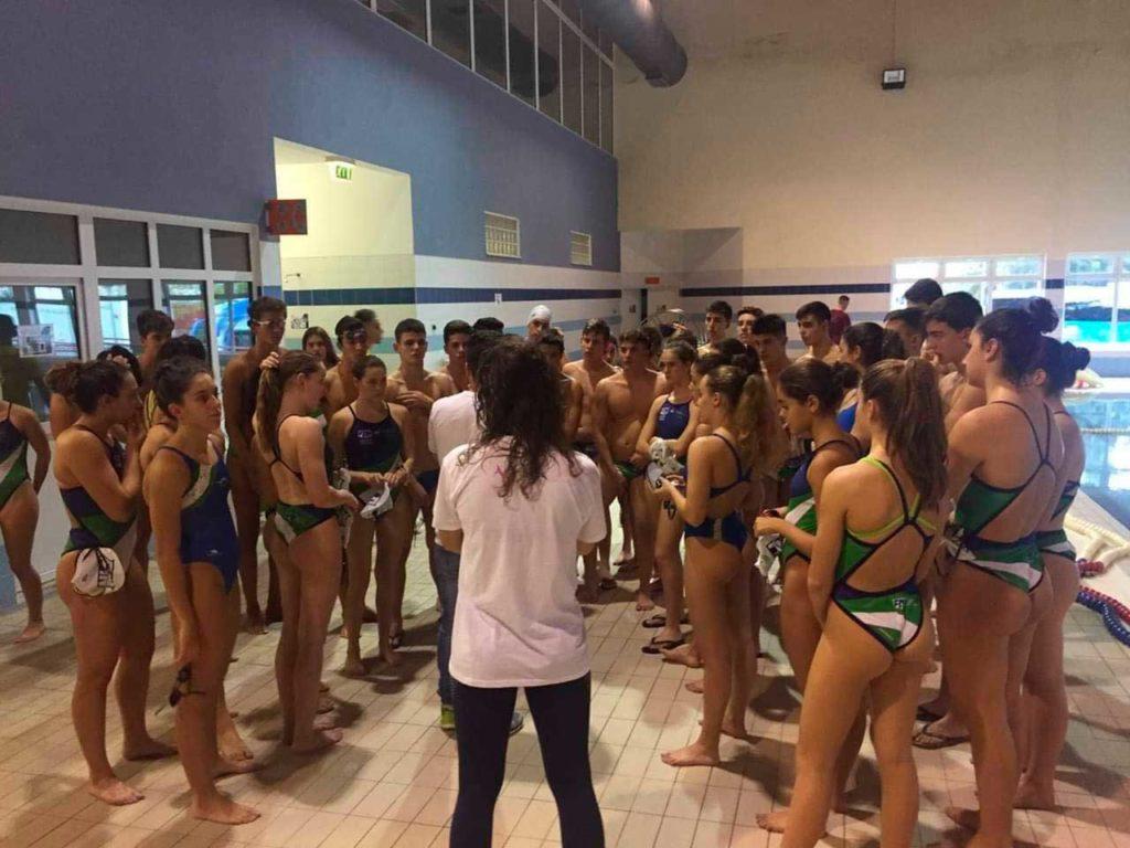 La natación axárquica sigue de moda